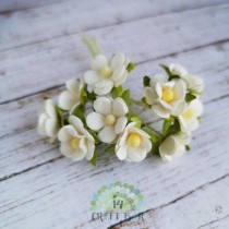 Mini paper flowers - WHITE