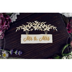 Chipboard - Mr & Mrs on a sign board