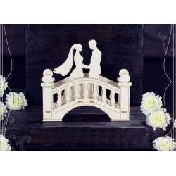 Chipboard - Young couple on the bridge