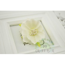 Silk Flower with stamens /IVORY