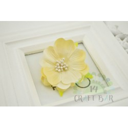 Silk Flower with stamens /CREAM
