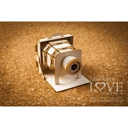 Chipboard -Retro Camera 3 D