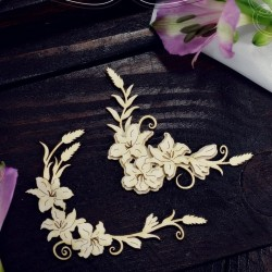 Chipboard - Layered ornament with lilies